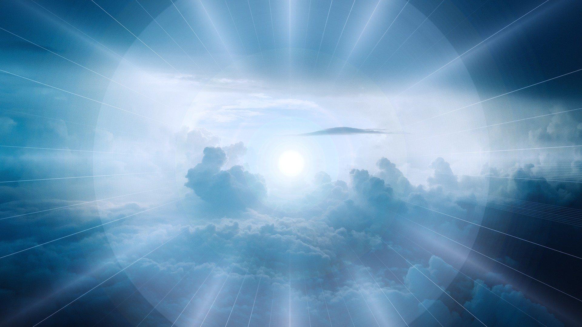 clouds-3978914_1920